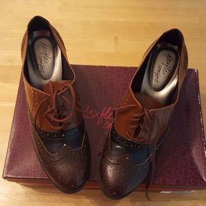 Dexflex Comfort heeled shoes